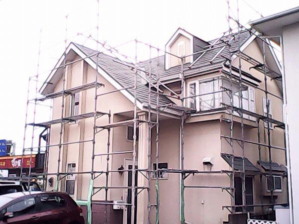 外壁塗装のDIY手順1「足場を組立る」
