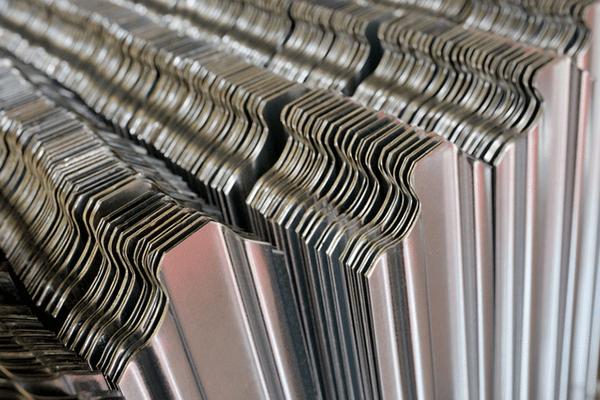 そもそもガルバリウム鋼板とは
